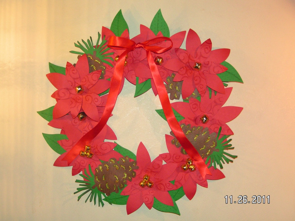 Christmas Poinsettia Wreath Made from Paper